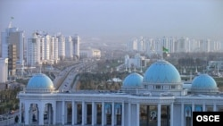It is unclear who was fighting Turkmen security forces in Ashgabat.
