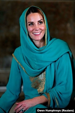 "The duchess inside the mosque. After Kate and William left the historic site, a Pakistani official told them, ""If there's one word to describe your visit, it is 'joy.' You have radiated joy wherever you have been."""