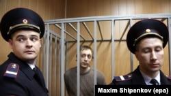 Bolshoi Ballet dancer Pavel Dmitrichenko says he is not guilty of the attack.