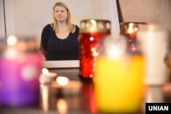 Учасники мітинга-реквієма пам'яті громадської активістки Катерини Гандзюк «Її вбили» у Львові, 4 листопада 2018 року
