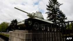 A World-War-II-era Russian tank on display at the Soviet war memorial near Berlin's Brandenburg Gate.