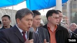 Лидер партии Социал-демократов Кыргызстана Алмазбек Атамбаев