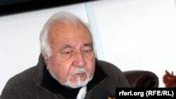 محمد اسماعیل قاسمیار مشاور امور بین المللی شورای عالی صلح افغانستان