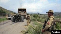 Пакистански војник