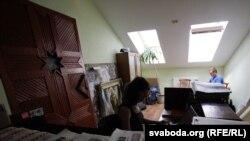 Сядзіба БНФ на Крапоткіна.