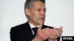 Евгений Жовтис (Акс аз бойгонӣ)