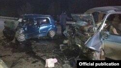 Последствия ДТП на трассе Ош-Бишкек, 16 декабря 2017 г.