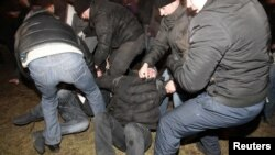 Методи роботи білоруських правоохоронців з демонстрантами, Мінськ, 19 грудня 2011 року