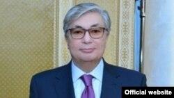 Қасым-Жомарт Тоқаев, сенат спикері.