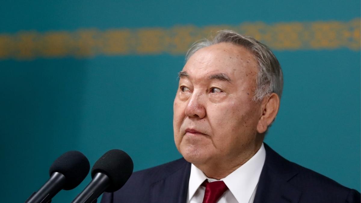 Эмомали Рахмон выразил соболезнование президенту Казахстана в связи с общенациональным трауром