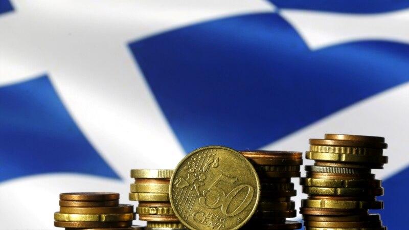 Грчкиот парламент ги одобри новите мерки на штедење