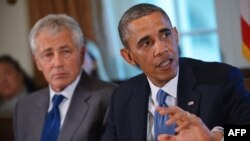 U.S. President Barack Obama (right) with Defense Secretary Chuck Hagel (file photo)
