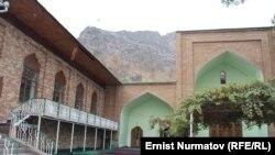 Одна из мечетей Оша. Иллюстративное фото