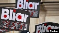 Демонстрация в Лондоне, где Тони Блэр дает показания комиссии