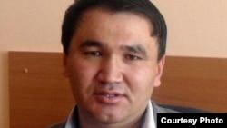 Берик Жагипаров в бытность главным редактором «Молодежной газеты» в городе Жезказган. Фото из его личного архива.