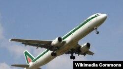 Avion Alitalije