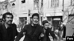 Архіўны здымак з Тэгерану падчас ісламскай рэвалюцыі 1979 году