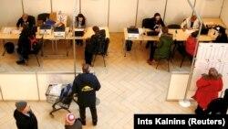 Більше ніж чверть виборців в Естонії вже проголосували через інтернет