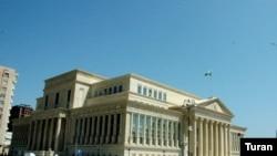 Ali Məhkəmənin yeni inzibati binası