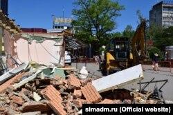 Снос объектов возле Куйбышевского рынка в Симферополе, 3 мая 2018 года