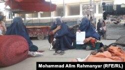 آتشسوزی در بازاره راه ابریشم بر شهر شبرغان خسارات زیاد بر زنان تجارت پیشه وارد کرده است