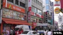 Сегодня из Южной Кореи после триумфальной серии выступлений в Стране утренней свежести возвращается госансамбль народного танца Абхазии «Шаратын»