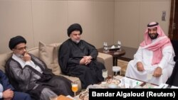 Saudi Crown Prince Mohammed bin Salman (right) met with Iraqi Shi'ite leader Muqtada al-Sadr (center) last week.