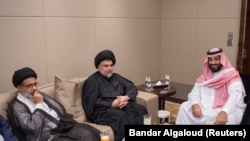 Saudi Crown Prince Mohammed bin Salman (R) met with Iraqi Shi'ite leader Muqtada al-Sadr (C) last week