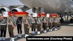 Гробы с телами граждан Ирана, погибших во время хаджа в Мекке.
