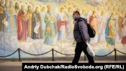 Кличко припускає, що ріст кількості випадків захворювання пов'язаний із порушеннями карантину в дні Вербної неділі та Великодня
