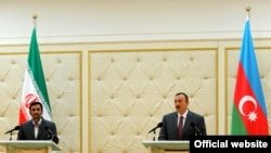 Azerbaijan -- President Ilham Aliyev and his Iranian counterpart Mahmud Ahmadinejad make press statements in Baku, 17Nov2010