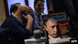 Президент России Владимир Путин на обложке журнала Bloomberg. Иллюстративное фото.
