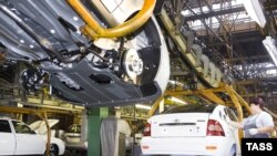 Automaker AvtoVAZ is set to lay off thousands of workers