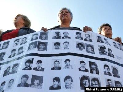 Protest zbog oslobađanja osuđenih za Korićanske stijene, 2. novembar 2011.