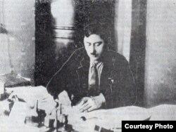 """Türkistan awtonom sowet respublikasynyň ýolbaşçysy Gaýgysyz Atabaýew 1922-nji ýylda """"Basmaçylyk"""" hereketlerine garşy bolşewikleriň gören çärelerini tankyt etdi"""