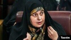 Parlamentarka Parvana Salahsuri nabraja postignuća nižeg nivoa, a za odsustvo žena na rukovodećim mjestima u parlamentu krivi diskriminaciju i seksizam