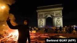 Sa protesta Žutih prsluka u Parizu, 24. novembar
