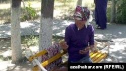 Aşgabat: Köçede ýa-da şahsy awtoulagynda çilim çekýänlere gözegçilik güýçlendi