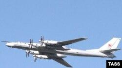 В ракетных стрельбах российских бомбардировщиков эксперты видят инструмент внутренней политики страны.