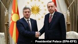 Presidenti i Maqedonisë Gjorge Ivanov dhe ai i Turqisë, Recep Tayyip Erdogan. Foto nga arkivi