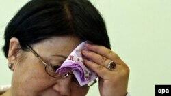Розе Отунбаевой приходится принимать непростые решения.