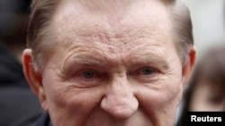 Леонид Кучма перед допросом в Генпрокуратуре