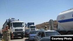 Garaşsyzlyga çykylandan soň, Türkmenistandan kontrabanda ýoly bilen Özbegistana esasan benzin, haly, dürli elektrik enjamlary we gap-çanaklar geçirilýärdi.