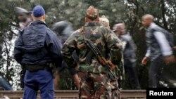 Охорона на кордоні Угорщини з Сербією