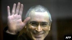 Khodorkovski: Od mladog tajkuna do sijedog zatvorenika