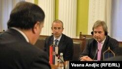 Johanes han u razgovoru sa šefovima poslaničkih grupa