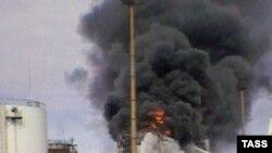 Експлозии и пожар го зафатија воениот склад во Башкортостан