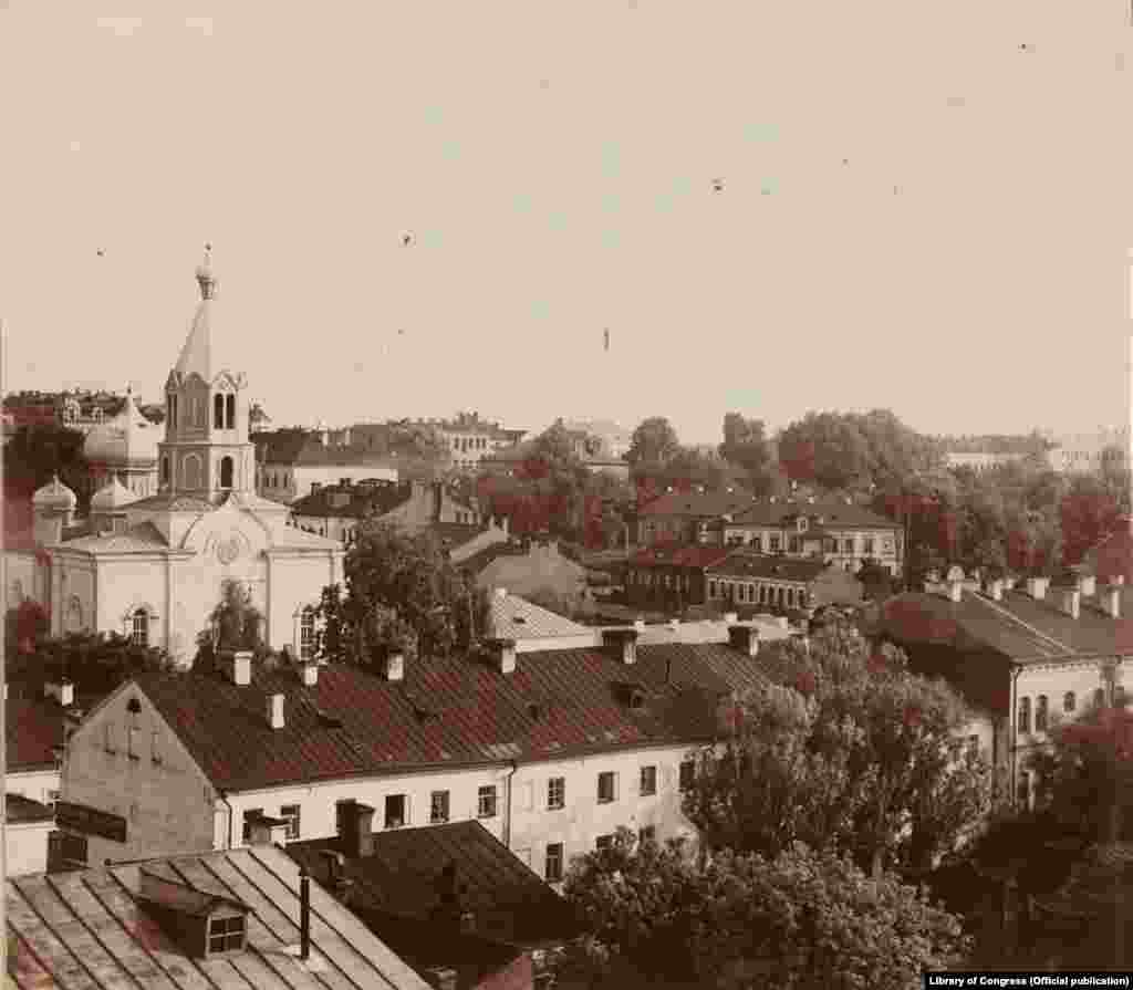 Чорна-белы фотаздымак Менску з 1912 году.