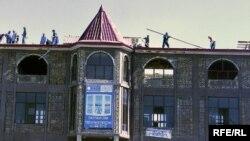 """Бозори """"Зарнисор"""" дар соли 2009 тахриб карда шуд"""