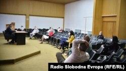 Состанок на Кризен штаб за справувањето со ковид -19 во Ресен.